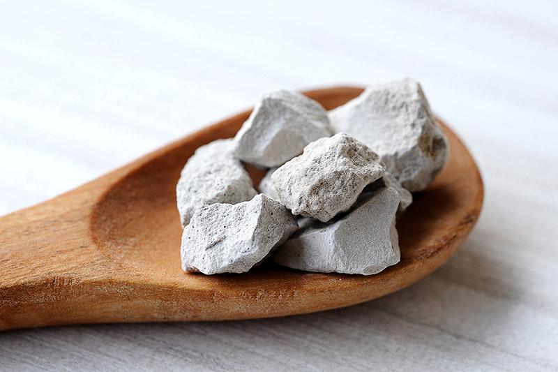 Zeolitul – piatra care fierbe